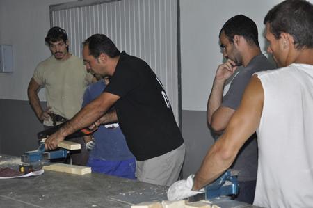Oficios carpinteria oficio carpinteros prepararse - Trabajo carpintero madrid ...